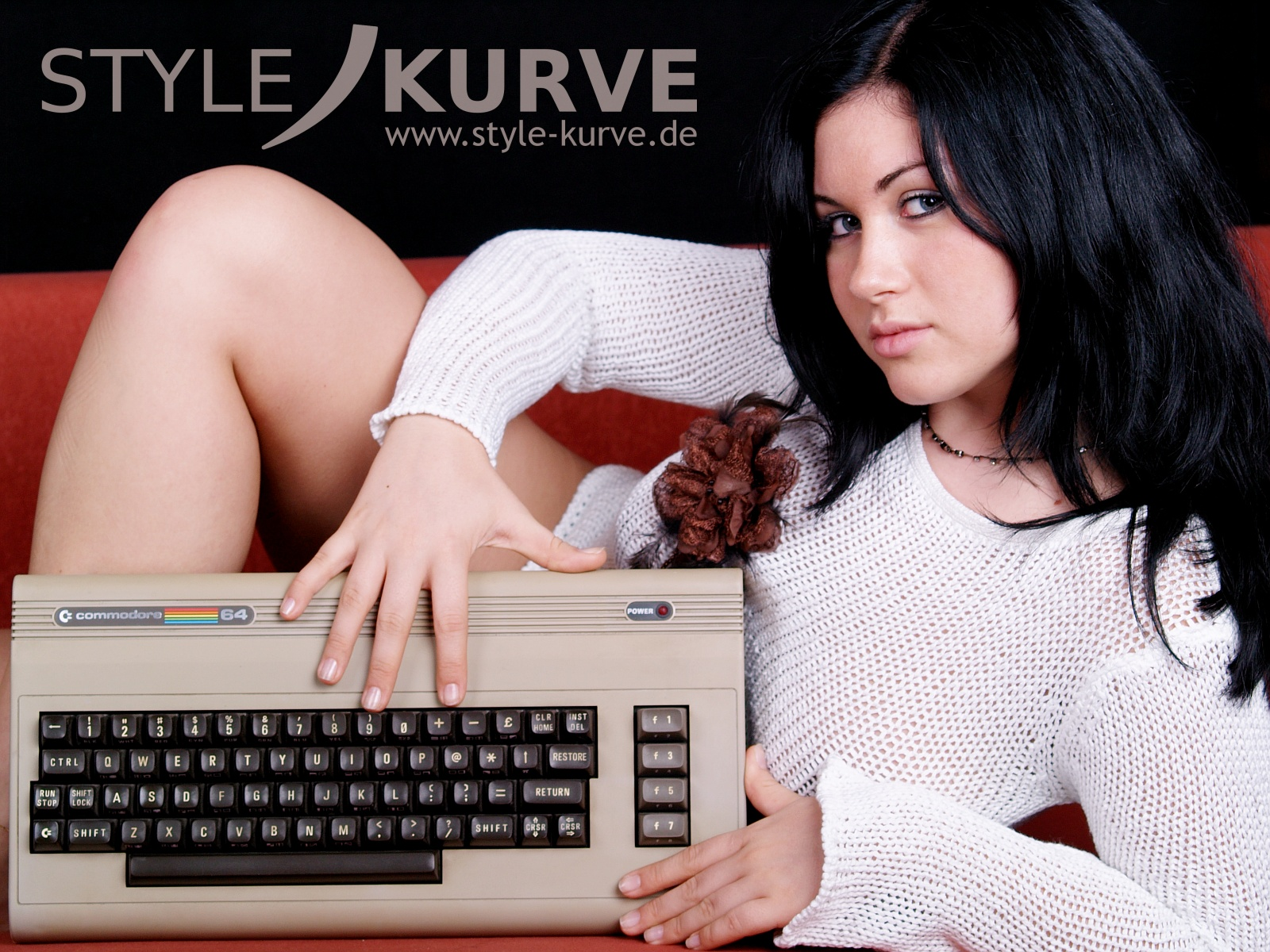 Интересно, у нее PAL или NTSC ?