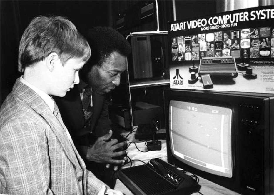 playing-on-Atari-2600-1981
